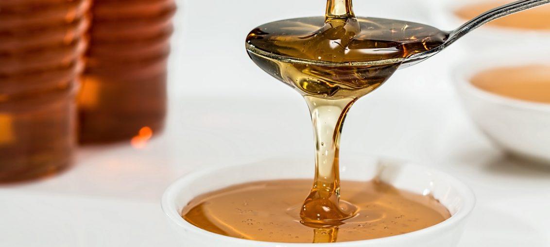Лесна маска за лице с мед