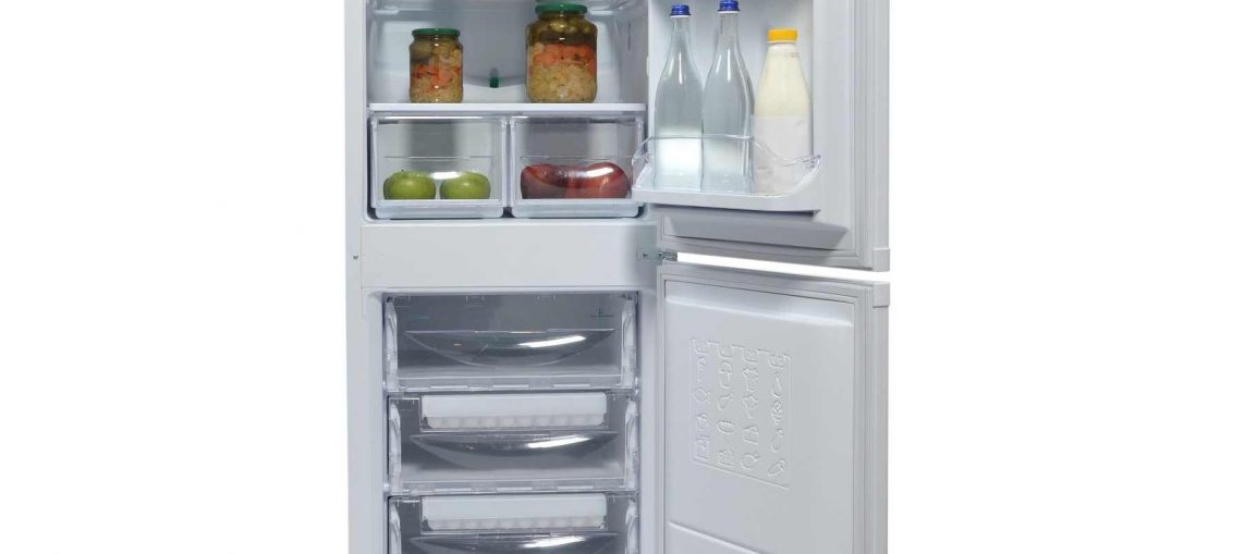 Хладилник с фризер Indesit CAA 55, 260 л, Клас A+, Бял