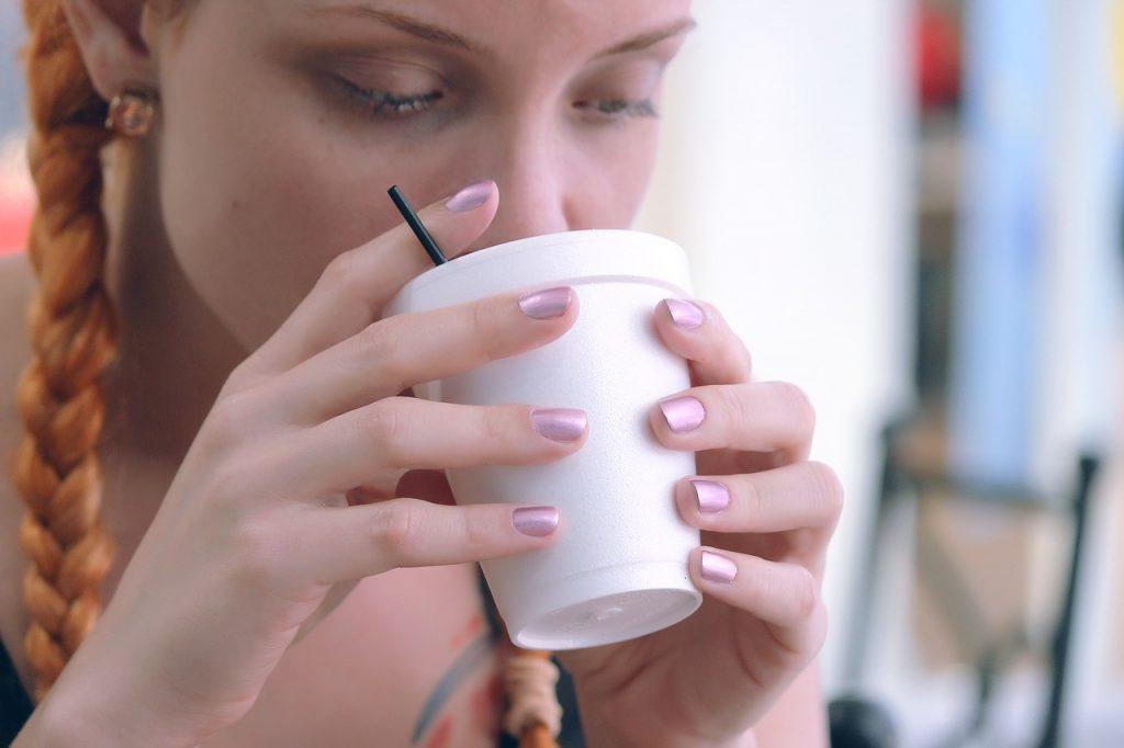 Премахване на петна от кафе с домашни средства. Почистване на петна от кафе!