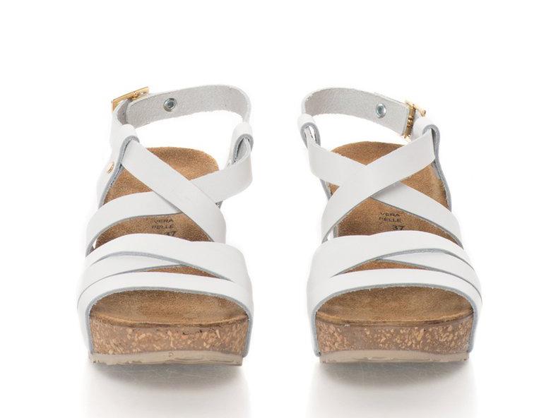 Бели кожени сандали на скосена платформа Zee Lane