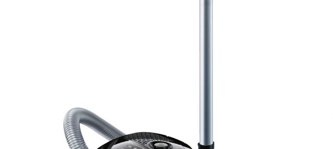 Прахосмукачка с торба Bosch BGL2B132, 3.5 л, Метална телескопична тръба, 700 W, Филтър Pure Air, Черна